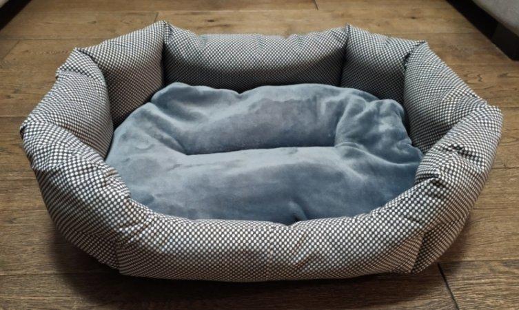 Pelech pro domácí mazlíčky - šedo-bílý - Výprodej