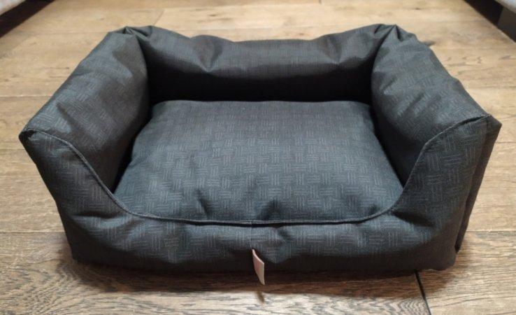 Pelech pro domácí mazlíčky - černý hranatý - Výprodej